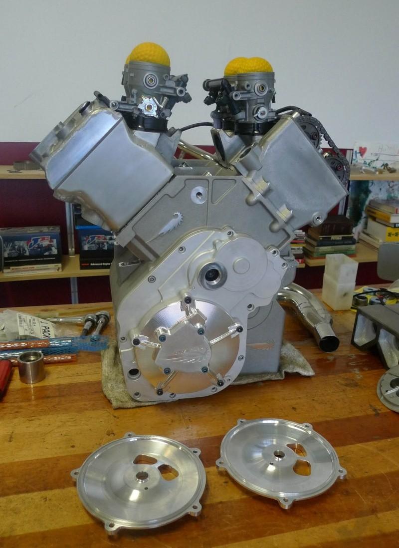 les plus beaux moteurs - Page 12 P1000811