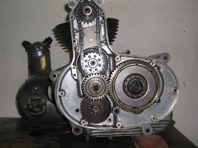 les plus beaux moteurs - Page 11 Parill12