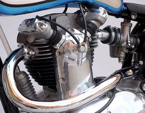 les plus beaux moteurs - Page 11 Ptgr11