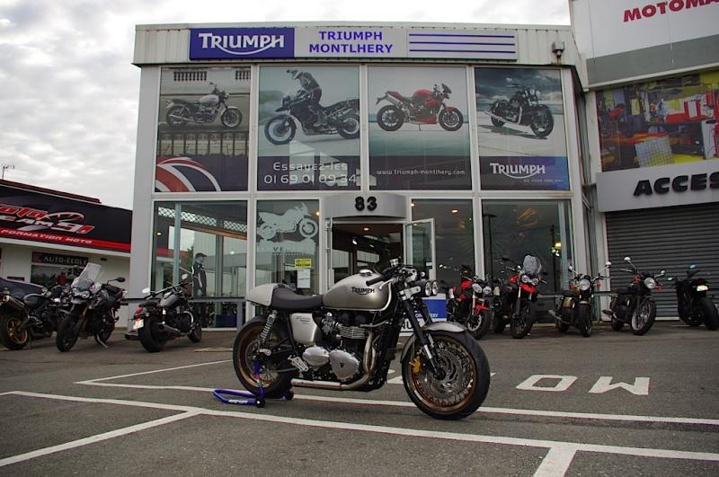 Triumph Monthléry Triump22