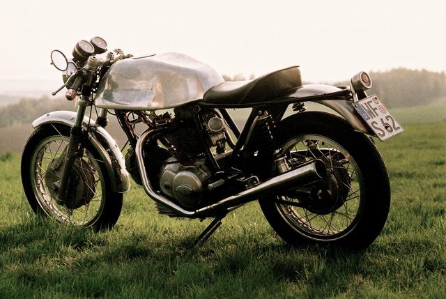 Ducati Twins à Couples Coniques : C'est ICI - Page 3 Wolf-d10