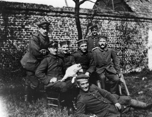 Ce n'est pas la Première Guerre mondiale qui a rendu Hitler antisémite Ah10