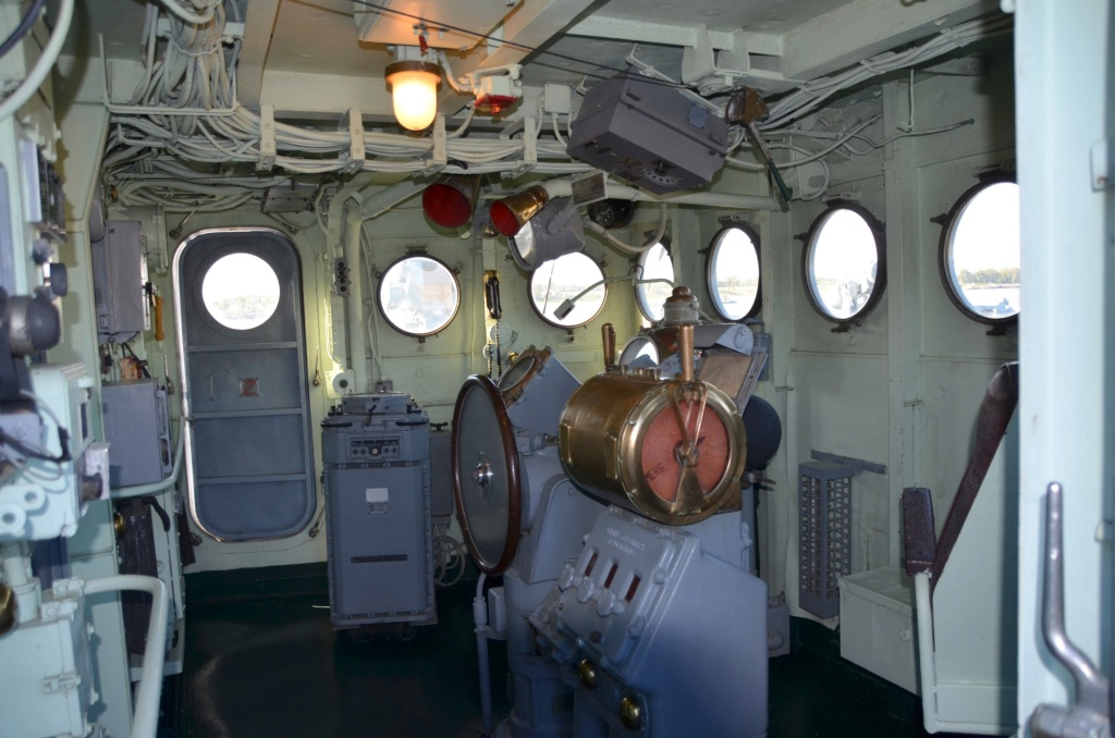 Films , téléfims et documentaires Marine - Page 2 Dsc_0226
