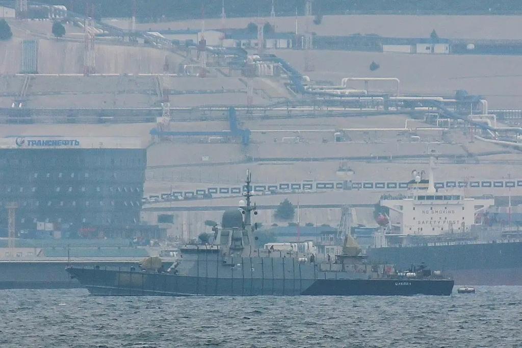 "Project 22800: ""Karakurt"" class missile ship - Page 39 23-98910"