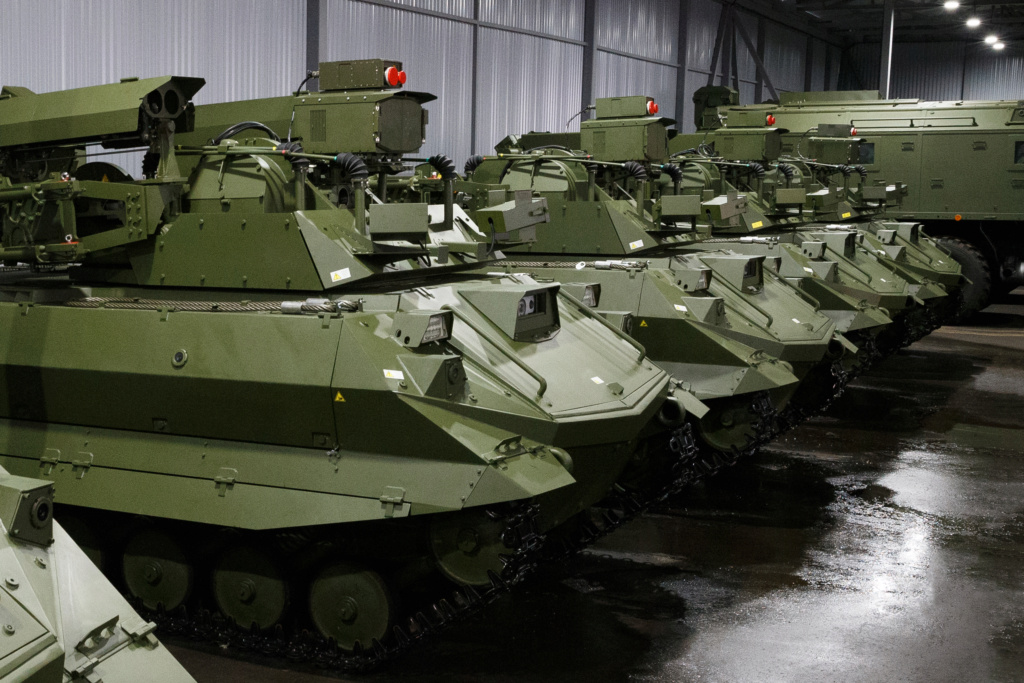 Russian Army Robots - Page 21 Uran9-10