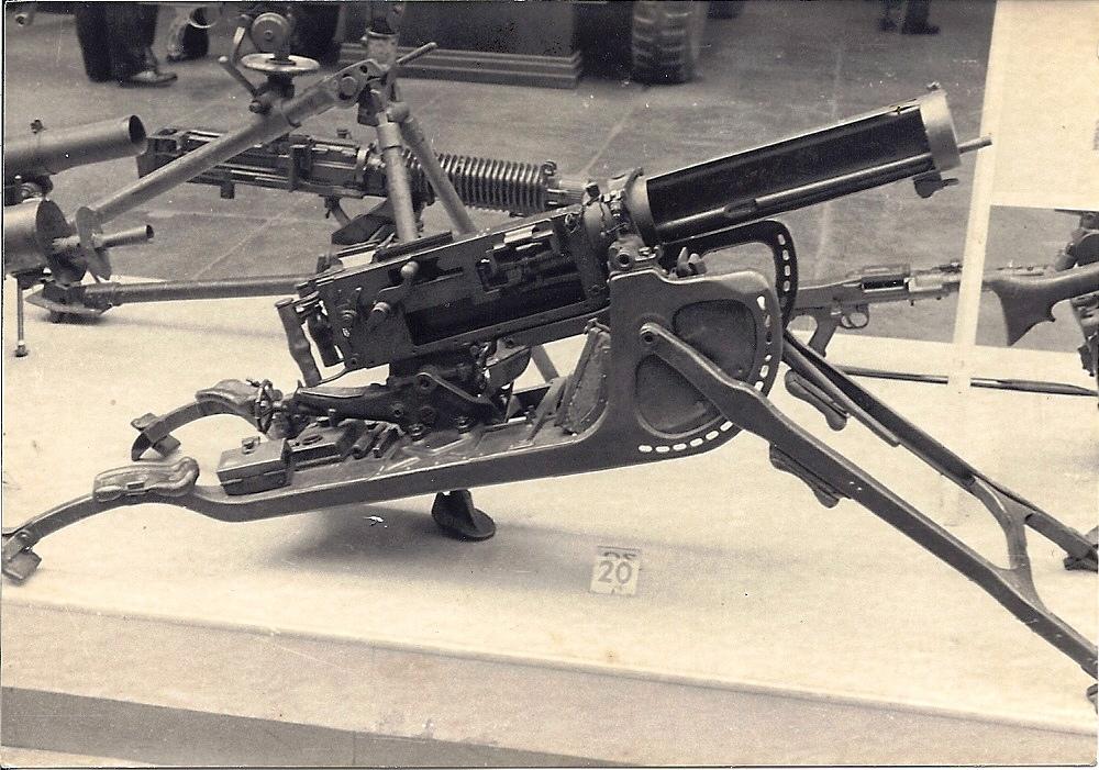 MG08 et MG08/15 - 1 GM - Page 4 Dwmima31