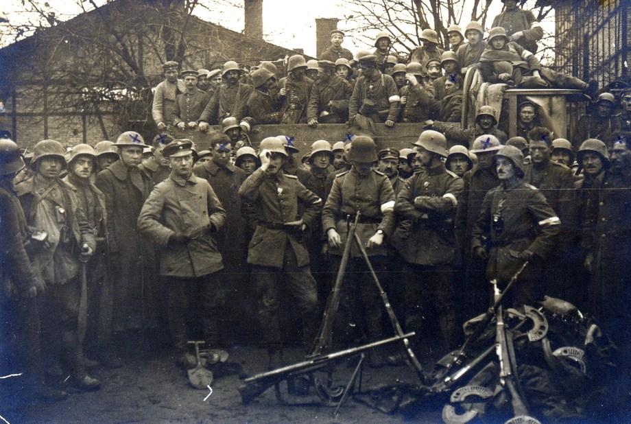 """""""Beutewaffen"""" Armes de Prise des """"Centraux"""" en 14/18 - Page 2 Dwmima80"""
