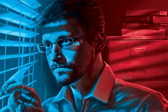 """""""Soyez prudent car certaines choses qualifiées de théories du complot sont vraies"""" : Edward Snowden 1215"""