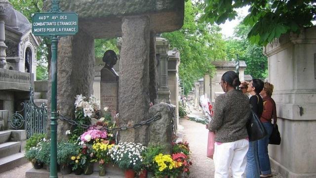 Top 5 des cimetières aux légendes étranges 800px-10