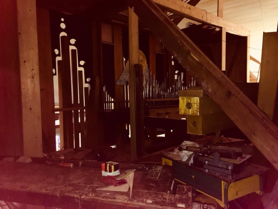 Et l'orgue de Pluvigner alors? 35863810
