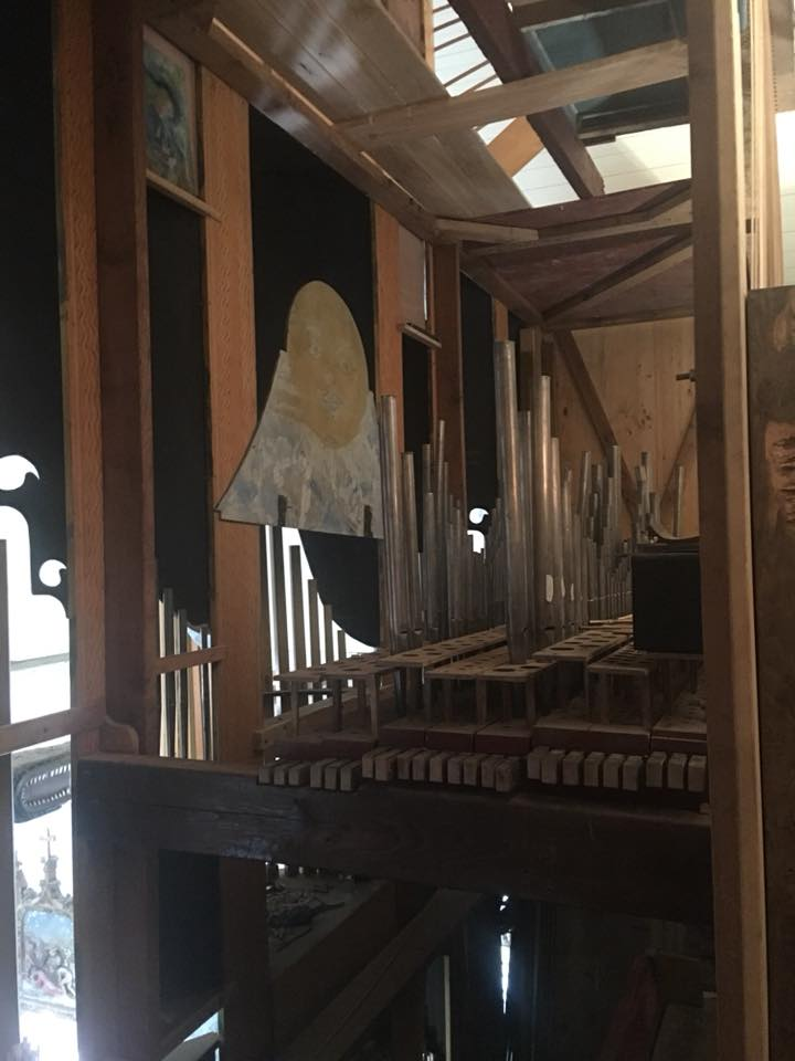 Et l'orgue de Pluvigner alors? 39979410