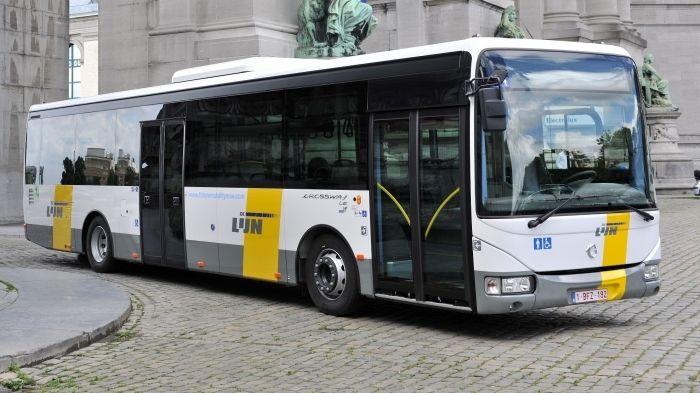 150 ans de tram à Bruxelles - Page 3 De-lij10