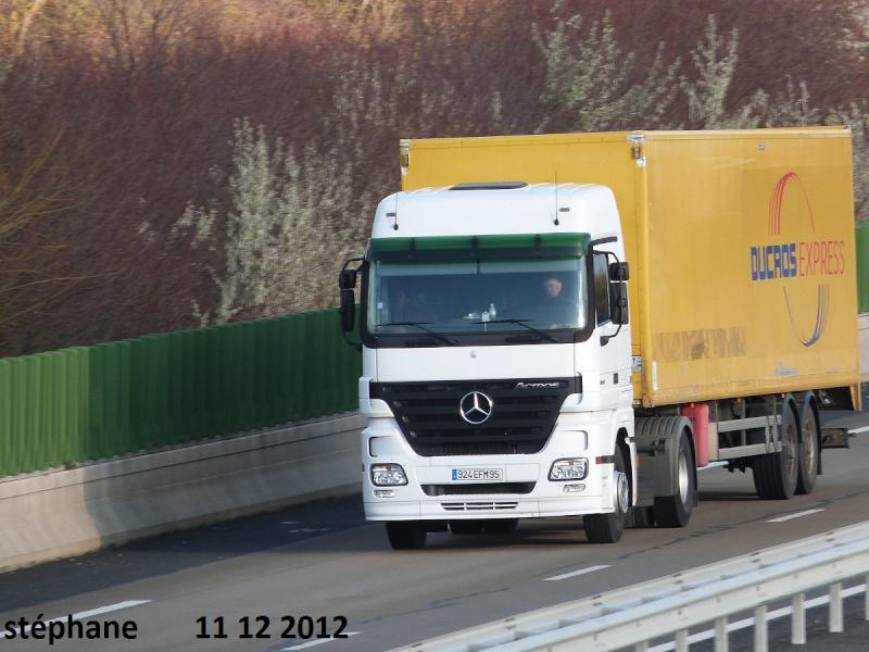 Mercedes Actros MP 1,2 et 3 - Page 4 P1040942
