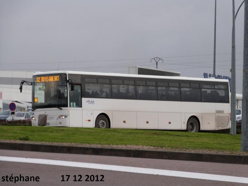 Cars et Bus de la région Champagne Ardennes - Page 3 P1050116