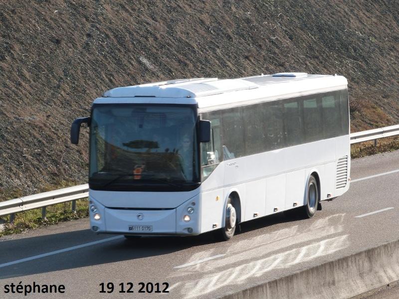 Les cars et bus de l'armée Française. - Page 2 P1050229