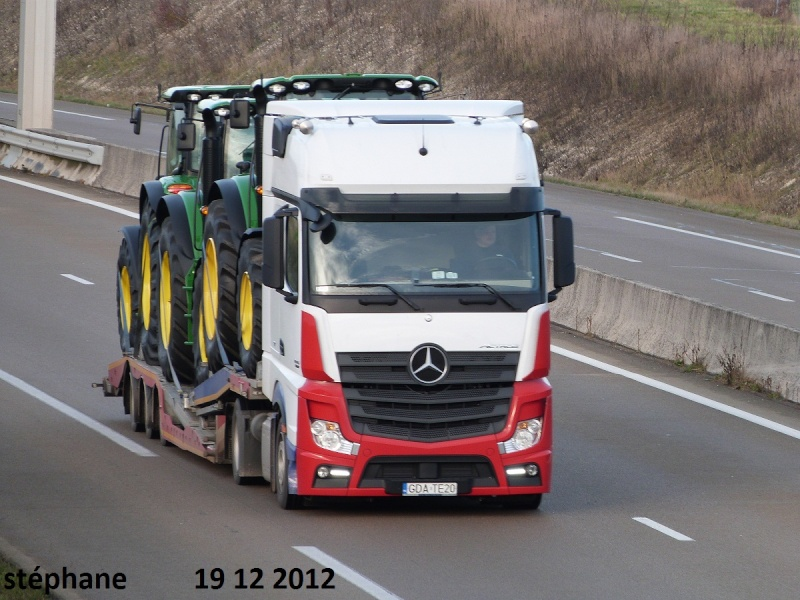 Mercedes Actros MP4 (euro 6 )  - Page 3 P1050431