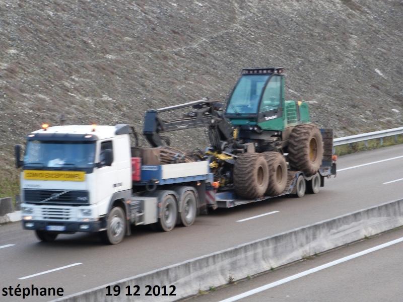 Transports de tracteurs forestier P1050473