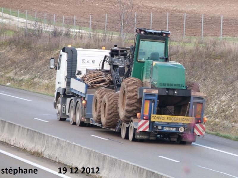 Transports de tracteurs forestier P1050474