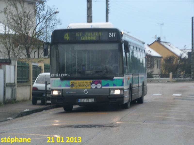 Cars et Bus de la région Champagne Ardennes - Page 3 P1050817