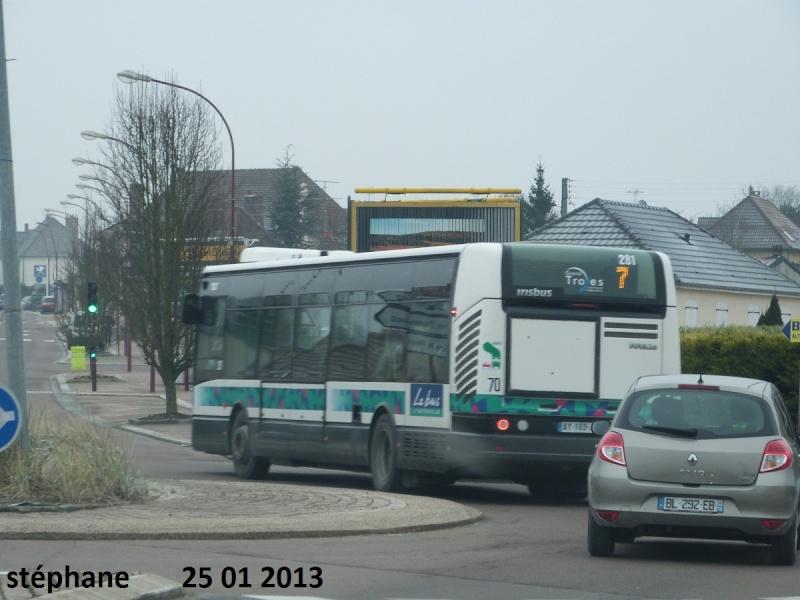 Cars et Bus de la région Champagne Ardennes - Page 3 P1050893
