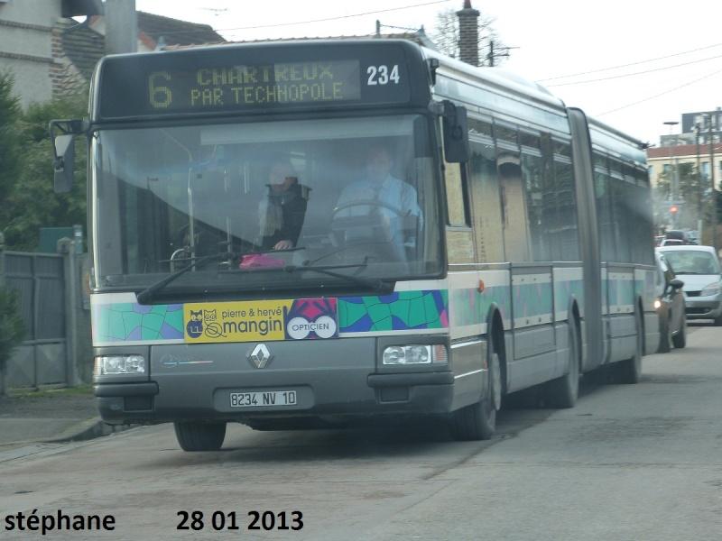 Cars et Bus de la région Champagne Ardennes - Page 3 P1050945