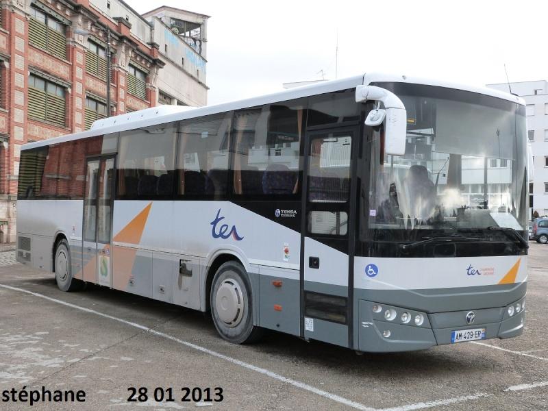 Cars et Bus de la région Champagne Ardennes - Page 3 P1050956