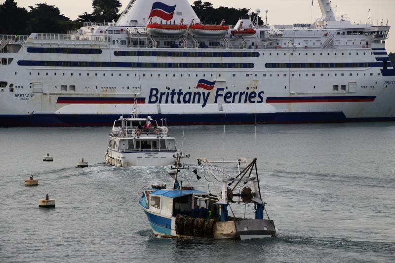 Navires de dessertes ou à passagers, bretons - Page 6 Bateau12