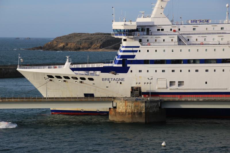 Navires de dessertes ou à passagers, bretons - Page 5 Le_bre10