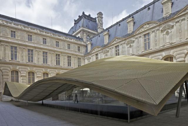 Le Louvre, ses fantômes et ses stars 1_1_1181