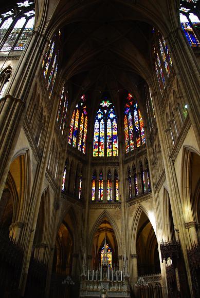 METIERS D'ART: vitraux et vitraillistes, art du verre 1_1_1470
