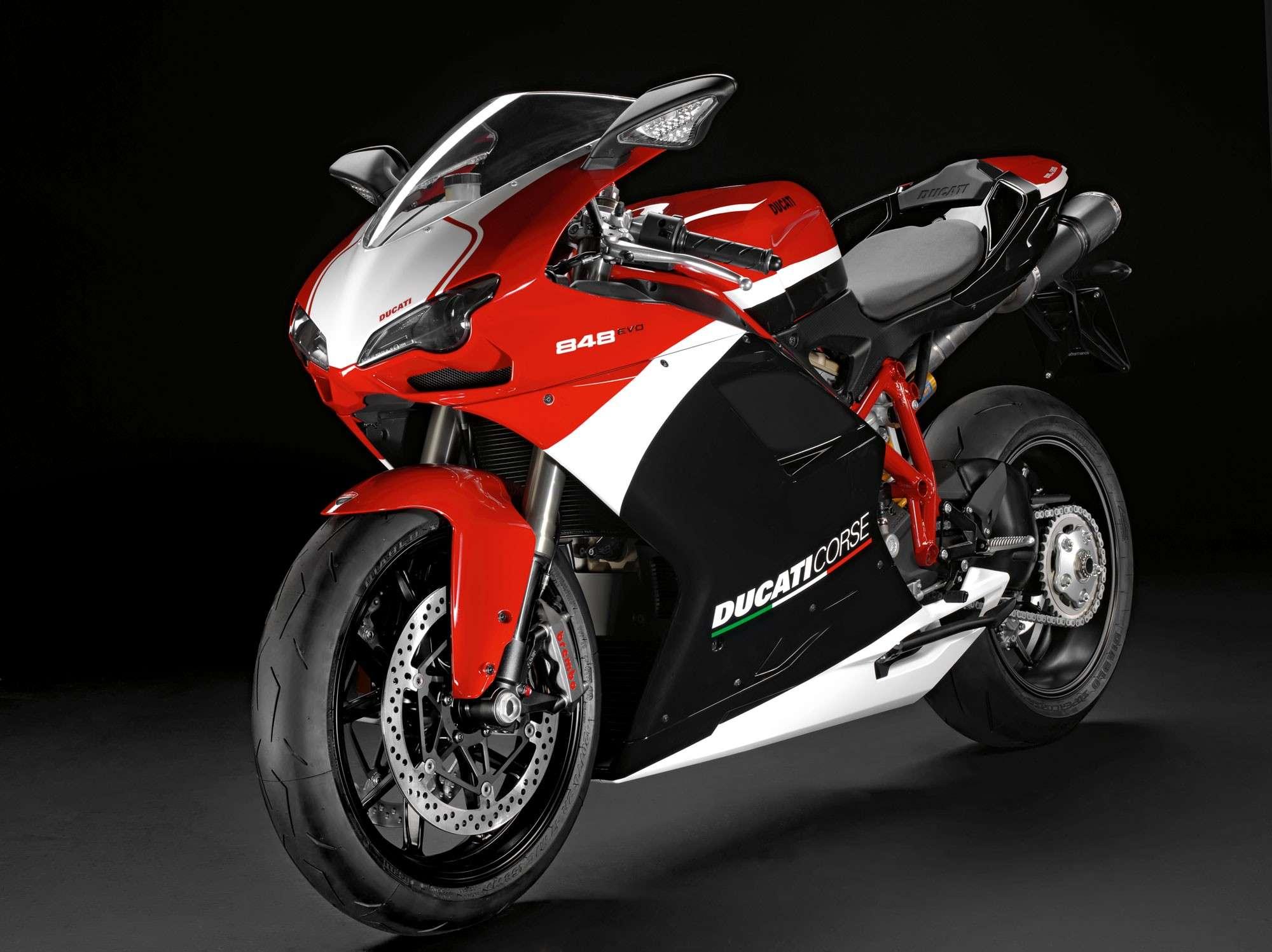 Ducati 848 2012-d10