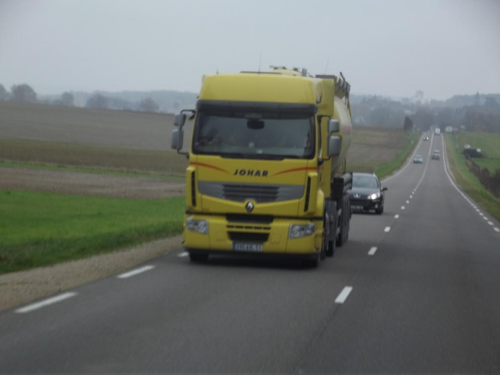Johar (Groupe Tratel)(Luxemont et Villotte, 51) - Page 3 Camion68