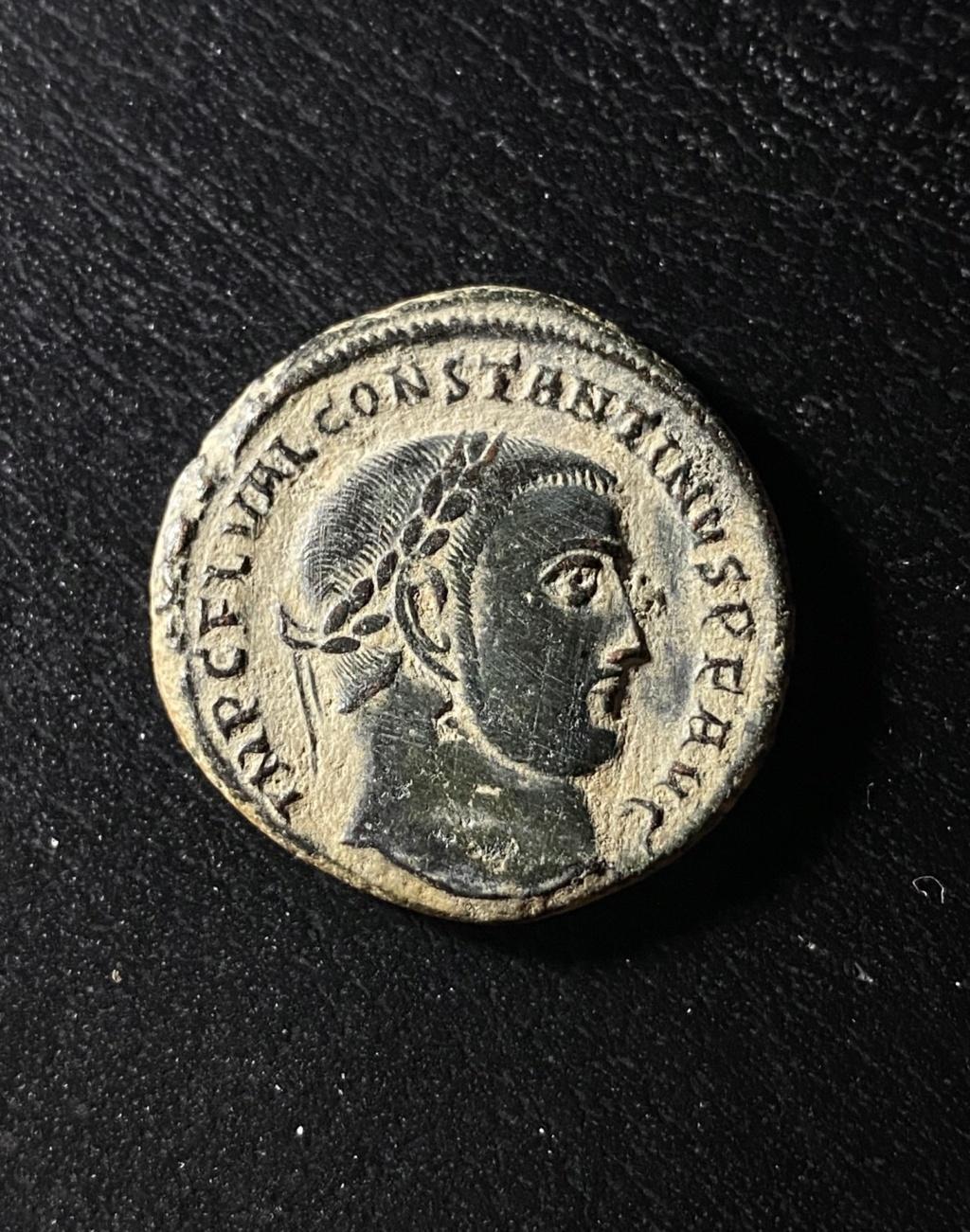 Le GENIO de Constantin I Cac53810