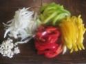 blanc de poulet aux poivrons,vert,rouge,jaune.photos. Blanc_12