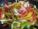 blanc de poulet aux poivrons,vert,rouge,jaune.photos. Blanc_14