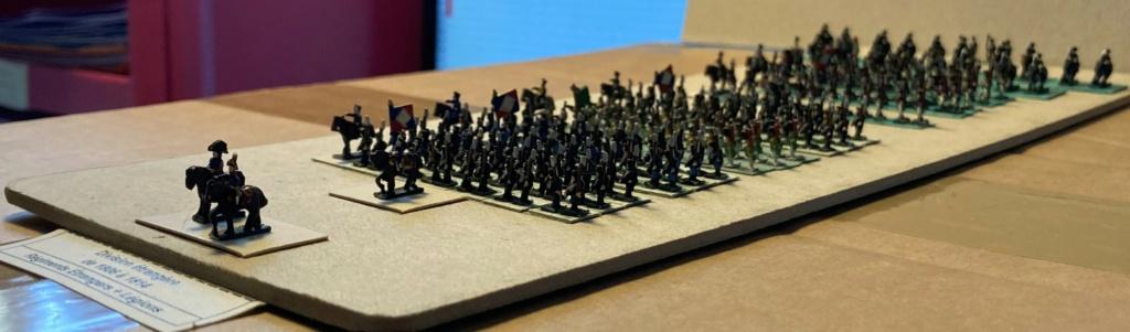 I° Empire : Division regroupant 1 Brigade de 4 Régiments étrangers au Service de France + 1 Brigade de 3 Légions au Service de France (Au 1/300°). 11-310
