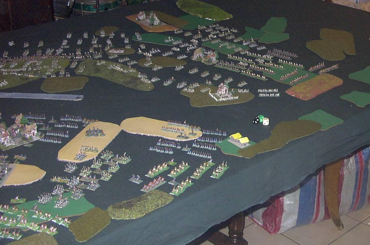 """8 février 1807 : Table-Diorama """"simpliste"""" au 1/300° pour rejouer la bataille d'EYLAU.  2113"""