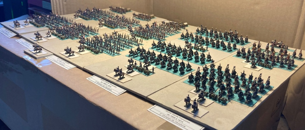 I° Empire ; Le Corps des Moyenne et Jeune Gardes Impériales de NAPOLÉON I° (Au 1/300°). Img_0613