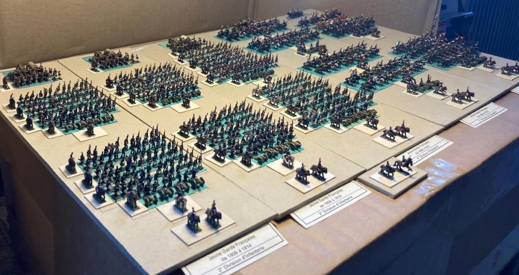I° Empire ; Le Corps des Moyenne et Jeune Gardes Impériales de NAPOLÉON I° (Au 1/300°). Img_0614