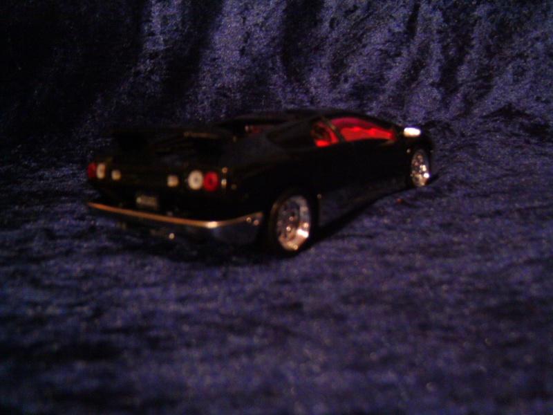 Lamborghini DIABLO VT von Revell in 1:25 Pict0098
