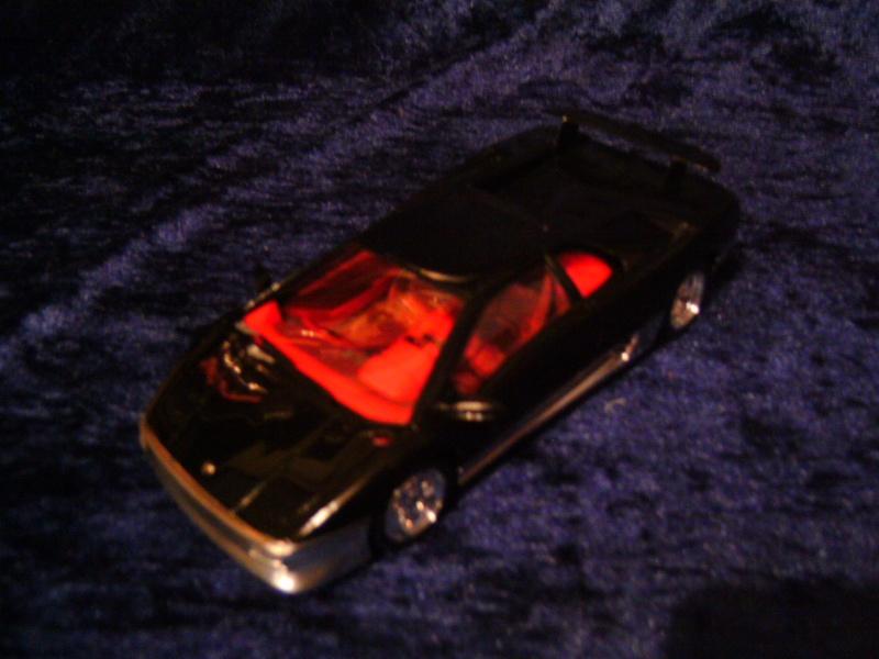 Lamborghini DIABLO VT von Revell in 1:25 Pict0099