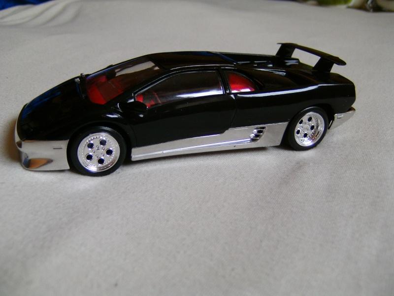 Lamborghini DIABLO VT von Revell in 1:25 Pict0101