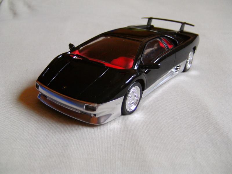 Lamborghini DIABLO VT von Revell in 1:25 Pict0102