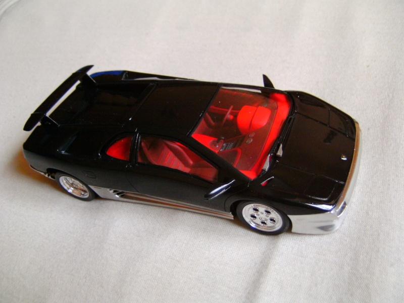 Lamborghini DIABLO VT von Revell in 1:25 Pict0104