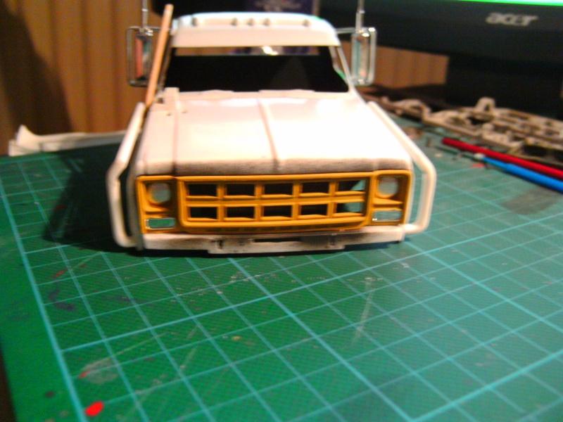 `77 GMC Umbau Truck von Revell in 1:25 Pict0141