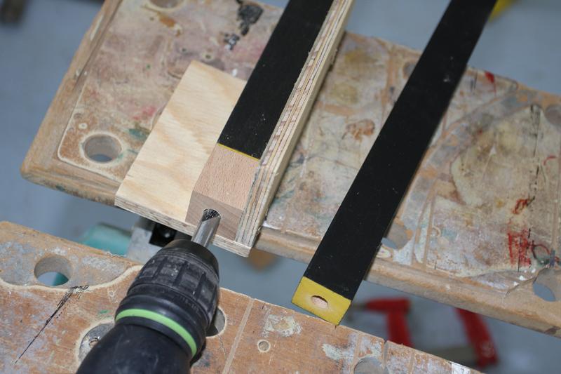 Perceuse à colonne pour perçage en plein bois 18_jui10