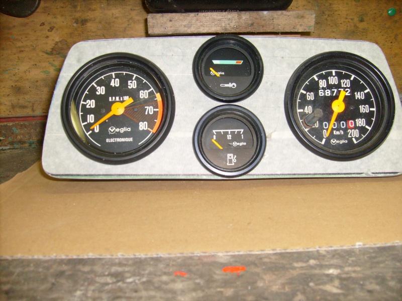 compteur -  Fabrication d une planche support compteur tableau de bord S7300817