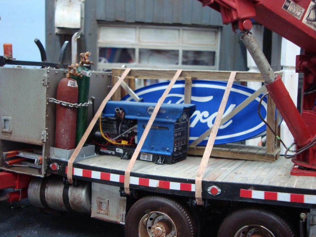 Van Dodge converti en camion-nacelle - Page 5 Ford_311