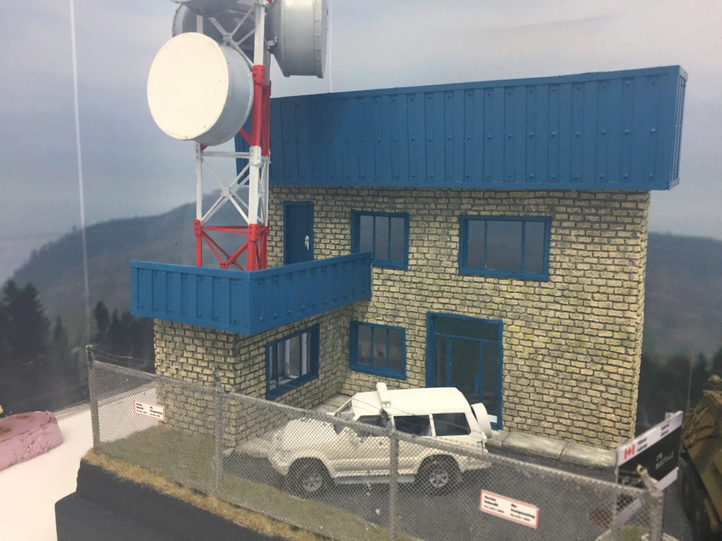 Diorama pour les 60 ans du CC 2646 (Corps de Cadets) - Takom JAPANESE-MADE SUV, Italeri M-925 Shelter Truck, Trumpeter Canadian Husky au 1/35 Img_7116