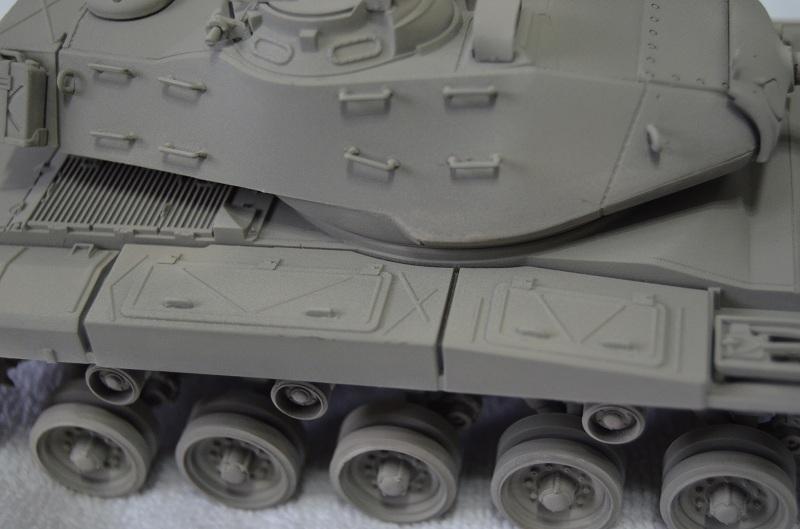 M41 Walker Bulldog (Tamiya 1/35) Véhicule Fini ! Dsc_0033